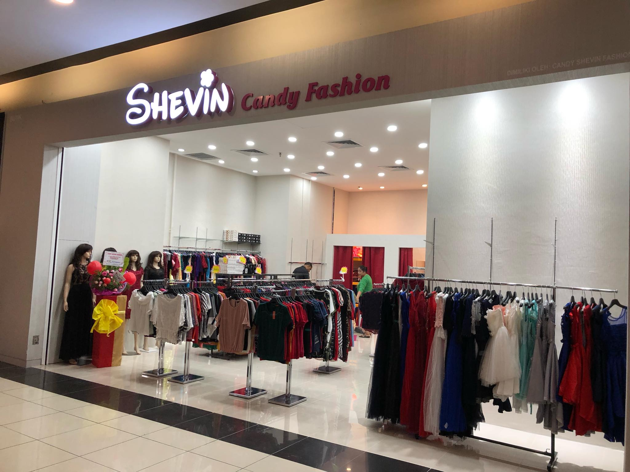 CANDY SHEVIN FASHION